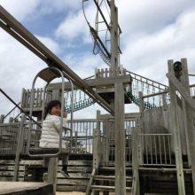 從來沒有看過這個設施 – 手拉吊籠公園